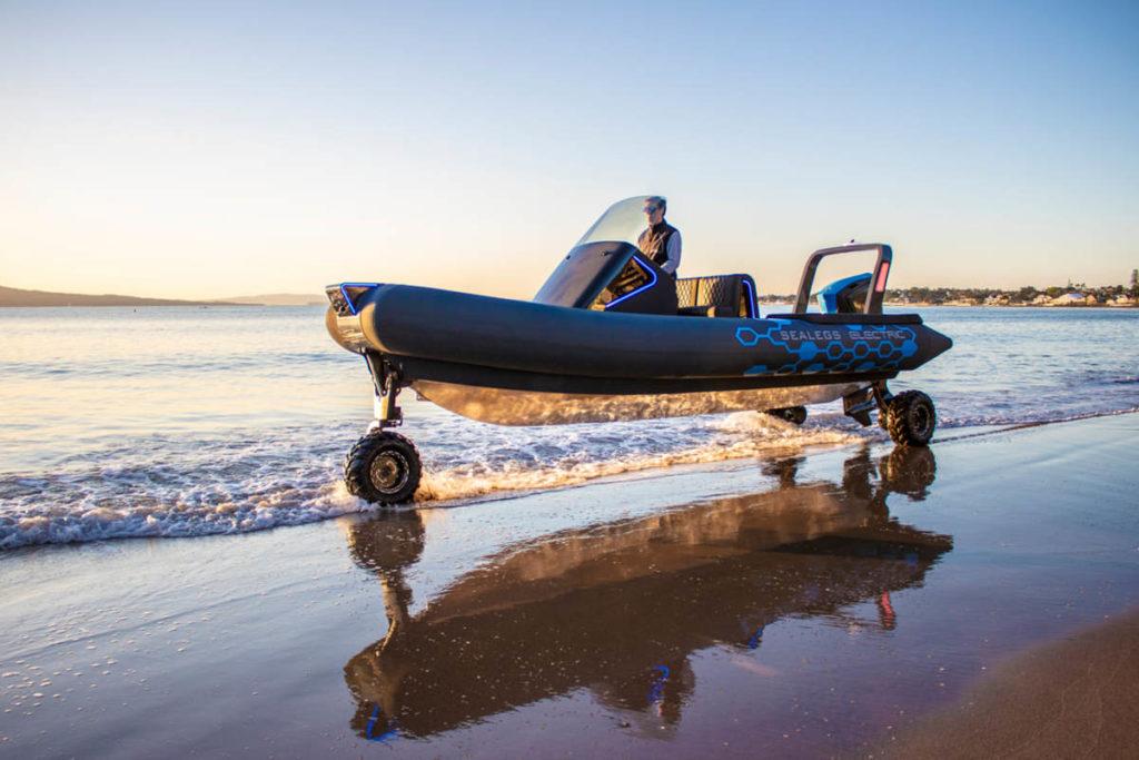 Лодка-амфибия Sealegs Electric E4