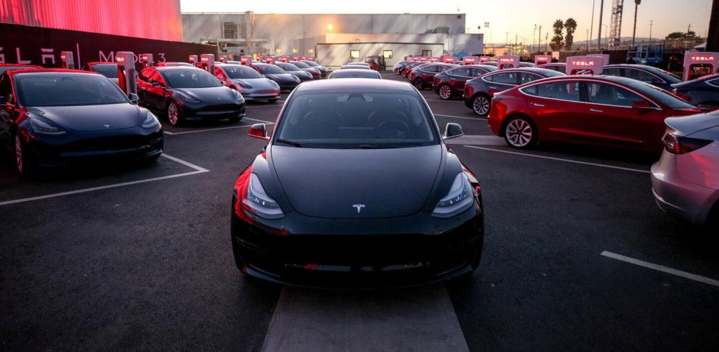 8 фактов о Tesla в России