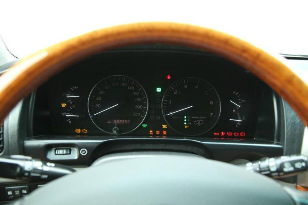 Lexus LX 470 с пробегом 1 млн. км