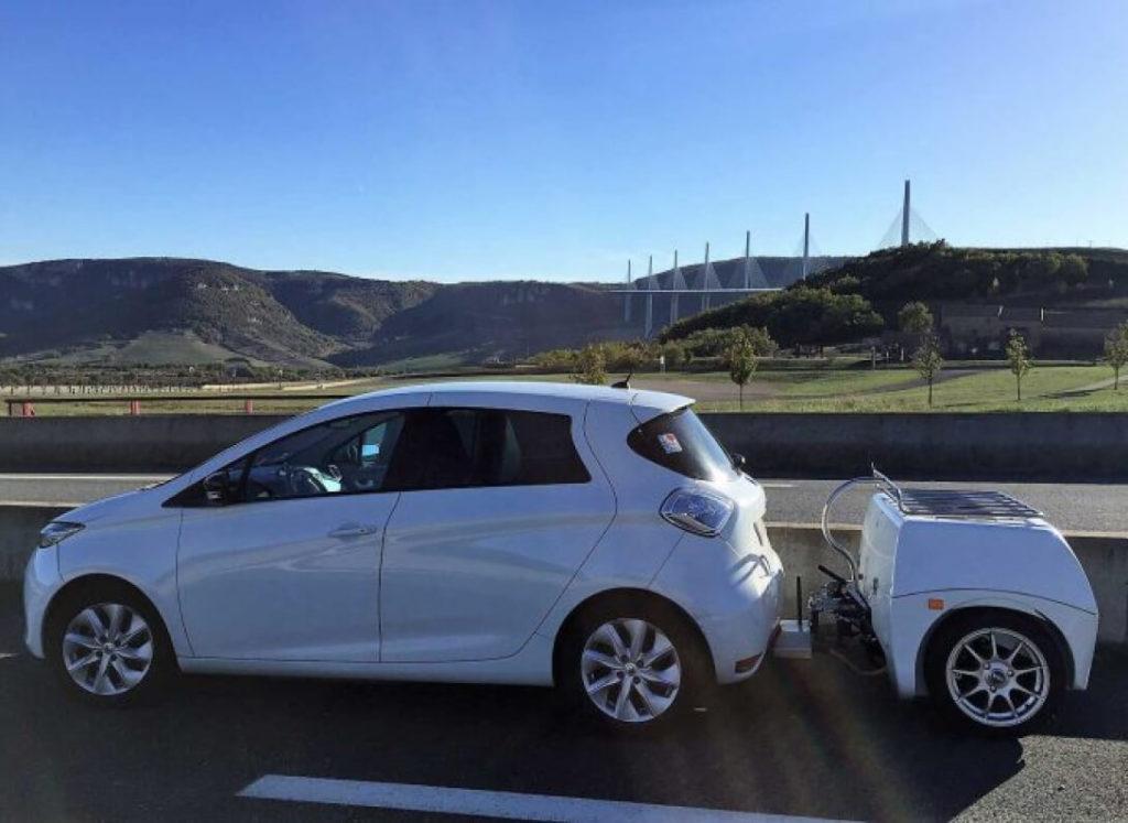 Подзарядка электромобилей на ходу. EP Tender решили проблему дальности хода электромобилей. Теперь дальность пробега на одном заряде у электромобиля не так важна