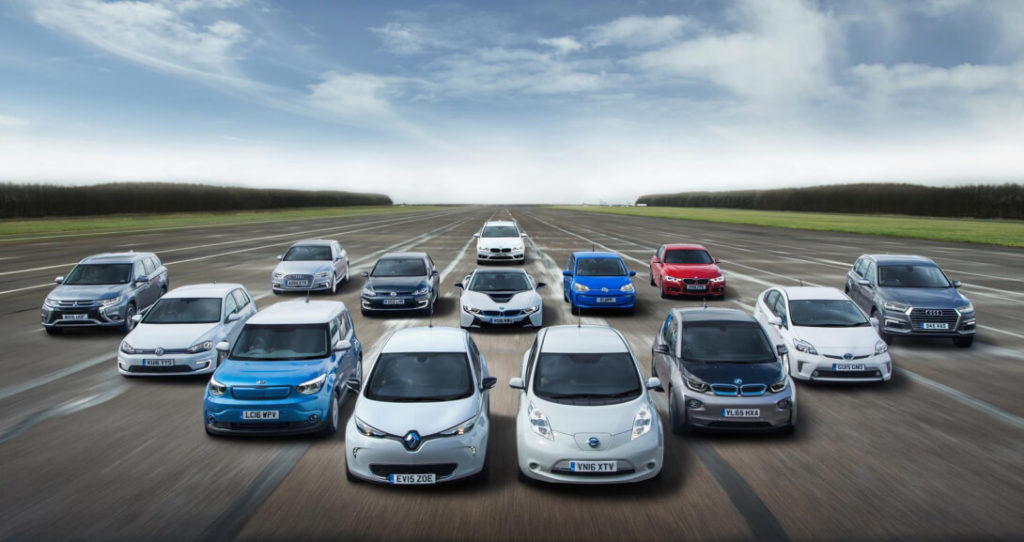 Рейтинг электромобилей по деградации батарей. Батарея у электромобиля один из важнейших узлов. От сохранения емкости в процессе эксплуатации зависит дальность хода и цена автомобиля на вторичном рынке. Узел дорогостоящий, а ассортимент АКБ и ячеек как б/у так и новых изобилует только для Nissan Leaf. В связи с большой популярностью модели.