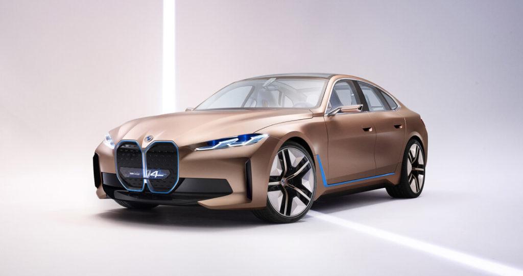 BMW заявили о закрытии своего завода в Мюнхене, причиной стала модернизация производственной линии. Как сообщает пресс-служба компании, с 24 июля по 4 сентября 2020 года фабрику адаптируют под выпуск полностью электрической модели — BMW i4.